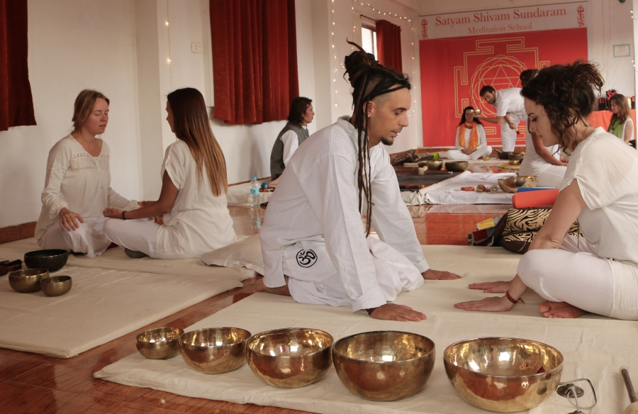Sound Healing Students Teaching India 2