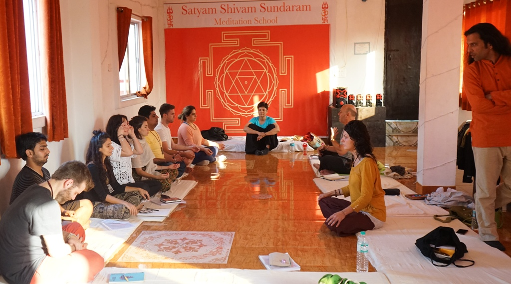 Meditation Teachers Internship Training With Shiva Girish In India