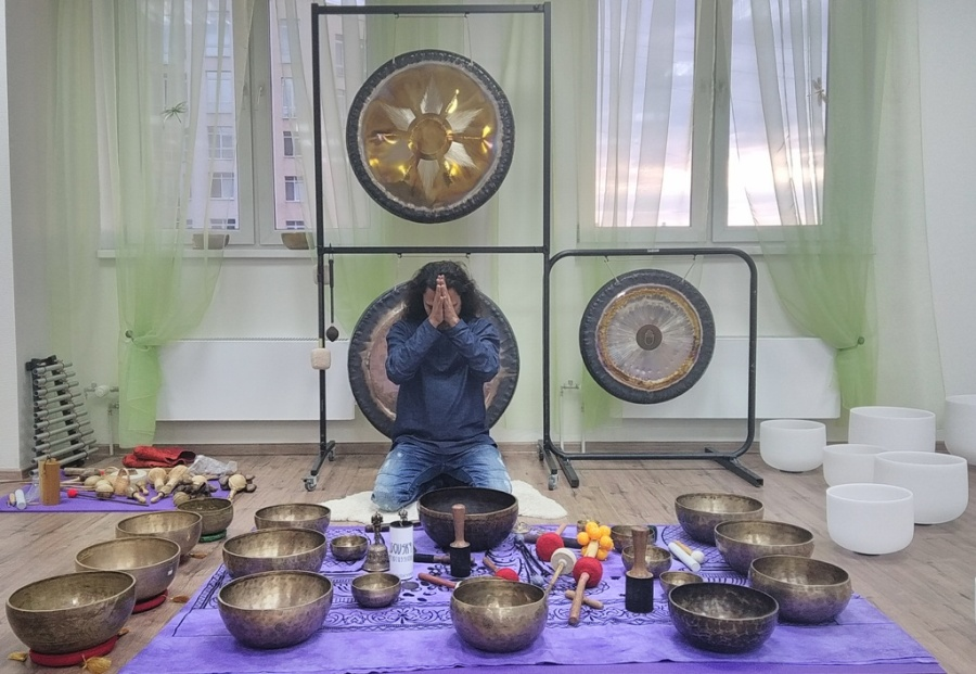 Gong Master Practitioner Training India,Shamanic Gong Healing Training India