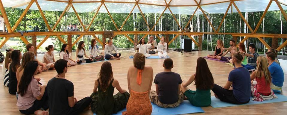 spiritual meditation retreats rishikesh india
