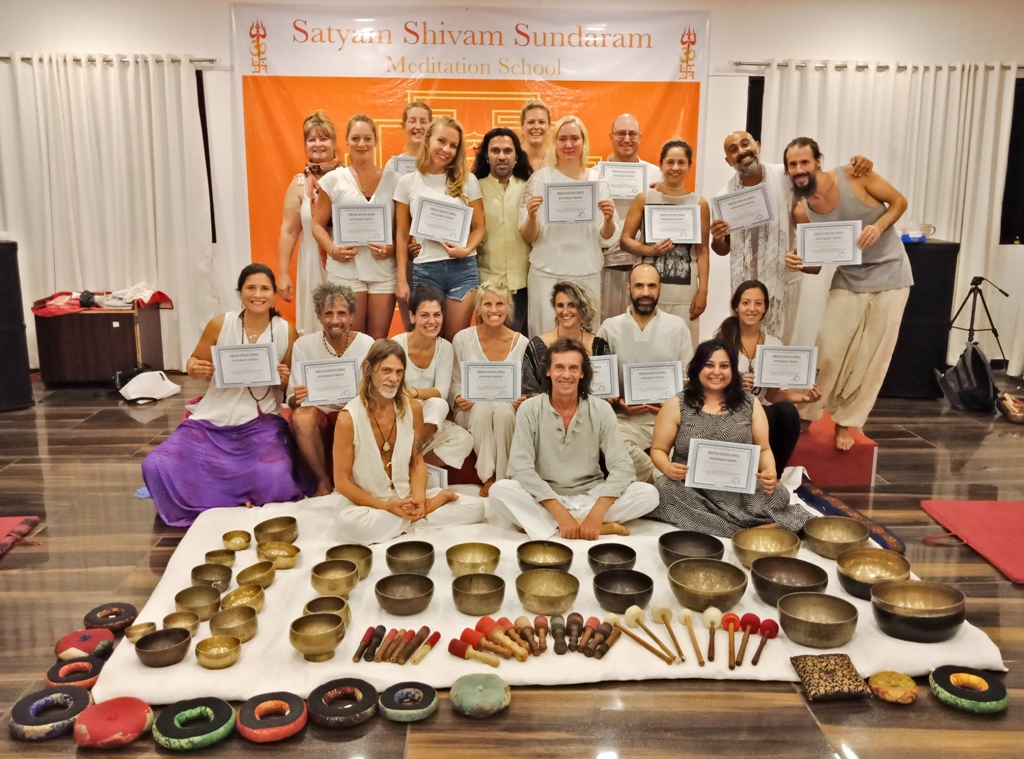 Tibetan Singing Bowls Sound Healing Training, Nadayoga Training India