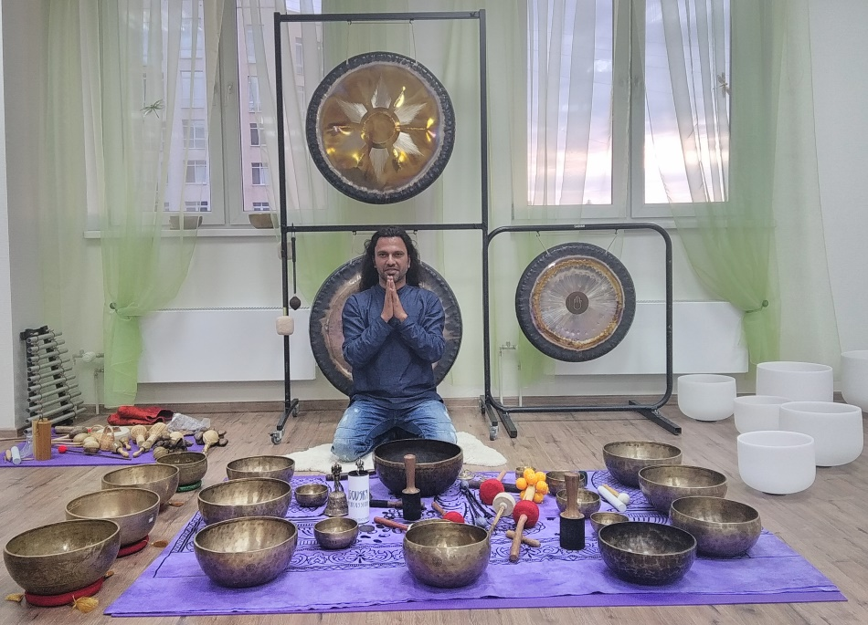 What are the Cautions while giving Individual Tibetan Singing Bowls