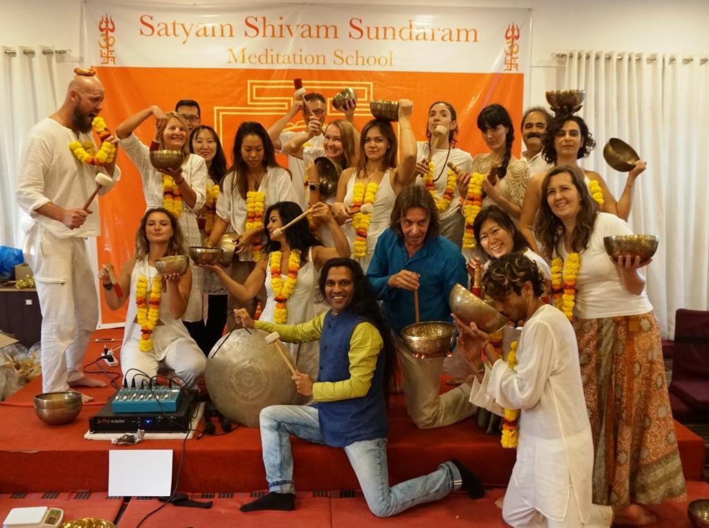 Master Level Tibetan Singing Bowls Teachers Teacher Trainnig India