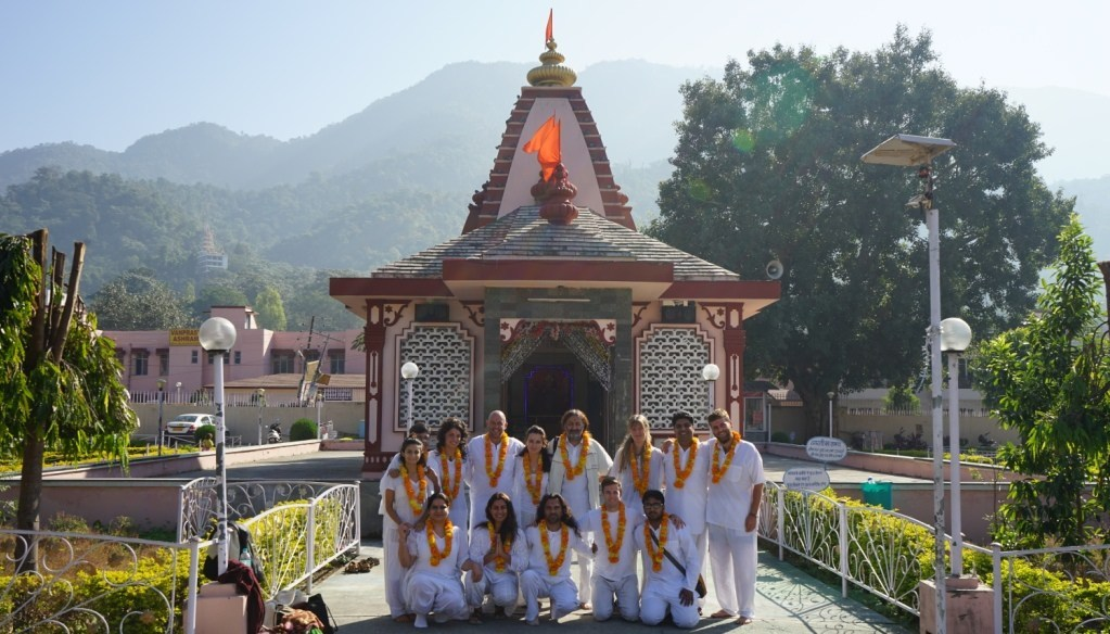 200 Hours Mindfulness Meditation Teacher Training Rishikesh India With Master Shiva Girish