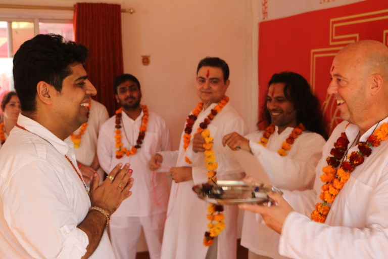 Students Group During 200 hours Meditation Teacher Training In Rishikesh India With Shiva Girish